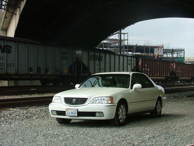 Pearl White Acura RL!-acurarl2.jpg