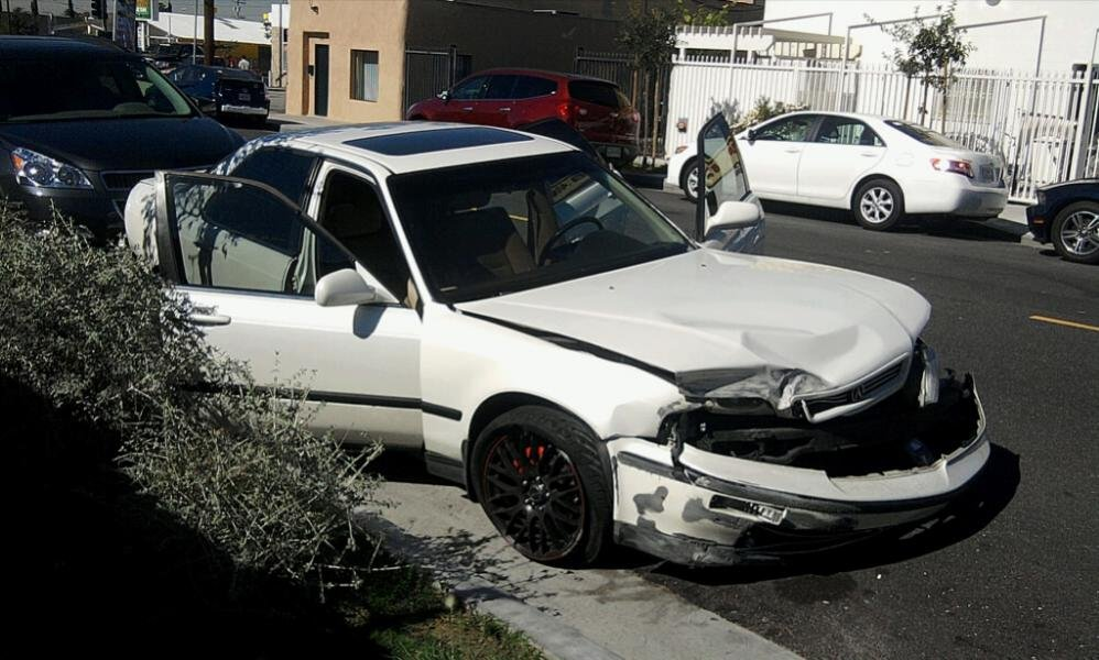 95 LEGEND SEDAN GS...RIP:(:( - The Acura Legend & Acura RL Forum